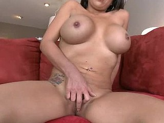 Luxurious beauty is getting her luscious twat banged ergo well